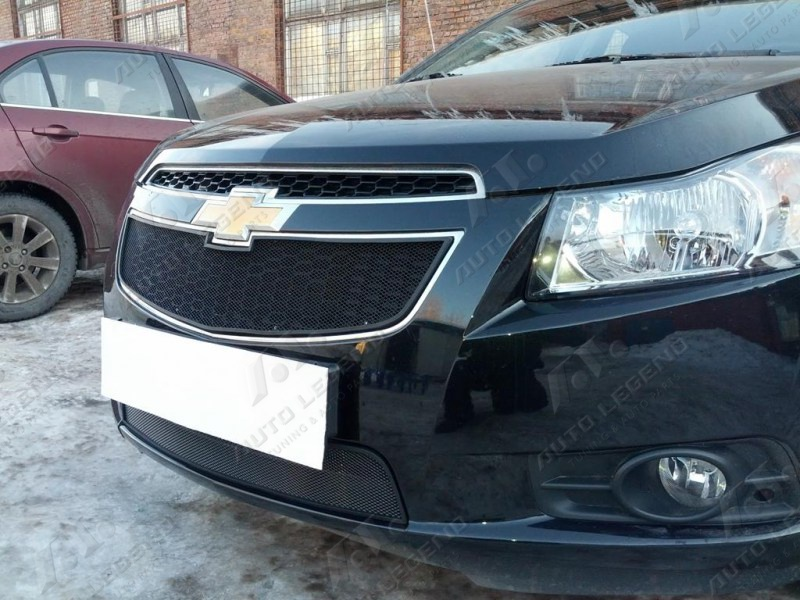 zachita_radiatora_chevrolet_cruze_black